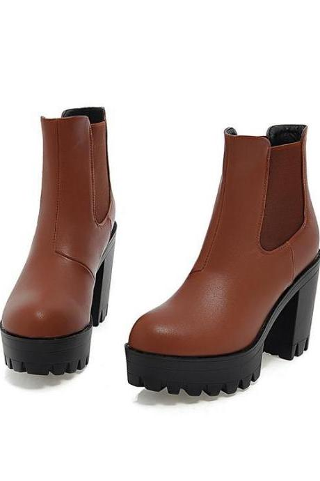 Round-toe Chunky Platform Ankle Boots