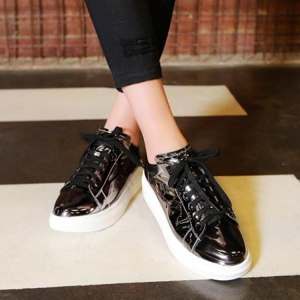 Round-Toe Metallic Lace-Up Platform Sneakers